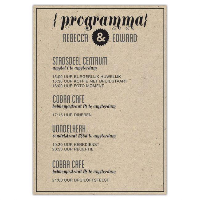 Dagprogrammakaart Hipster Retro wordt net als de gelijknamige trouwkaart gedrukt op gerecycled kraftpapier. Mooie fonts, retro uitstraling.