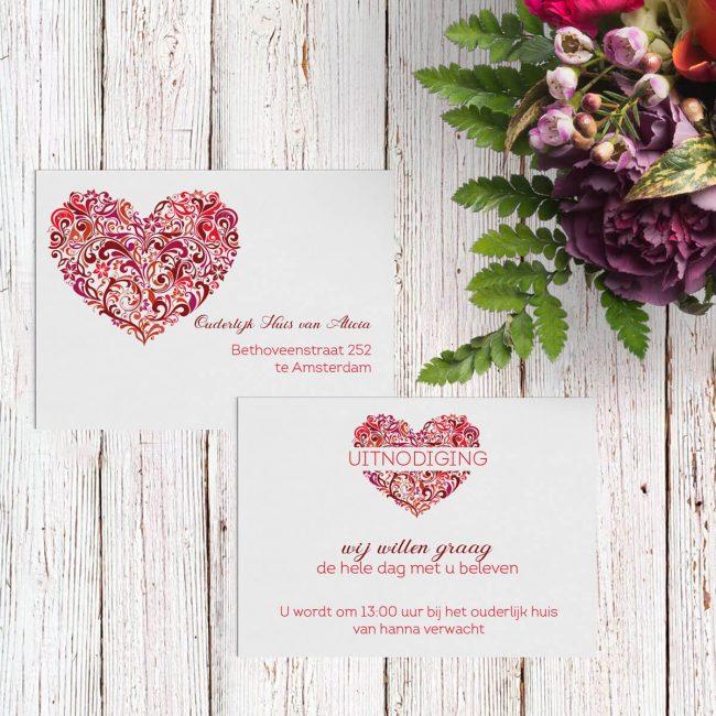 Inlegvel Hart is een extra kaartje voor bij een trouwkaart met een prachtig geïllustreerd hart in het middelpunt.