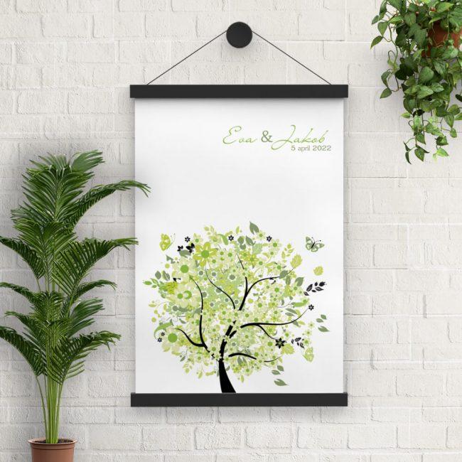 Poster Boom van Geluk is een groot formaat variant met de vrolijke, frisse groene boom van trouwkaart. Moderne vormgeving.