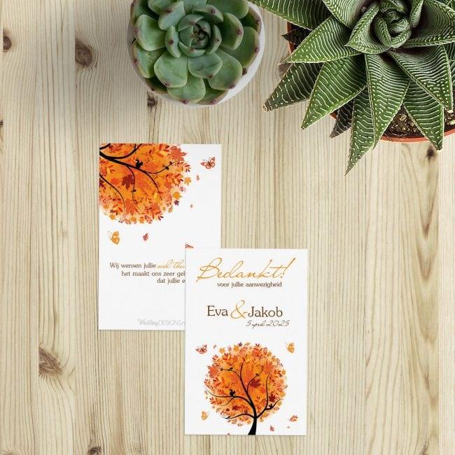 Bedankje Herfst is een klein kaartje voor bij een bedankje, met mooie herfsttinten en leuke details in de illustratie van de boom.