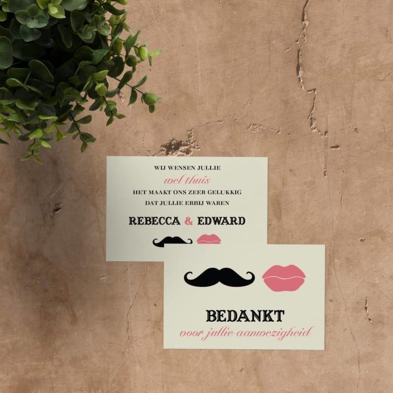Bedankje Snor & Lippen is een leuk ontwerp met van zo'n typische snor en een stel lippen. Keuze uit allerlei verschillende snorren en lippen.