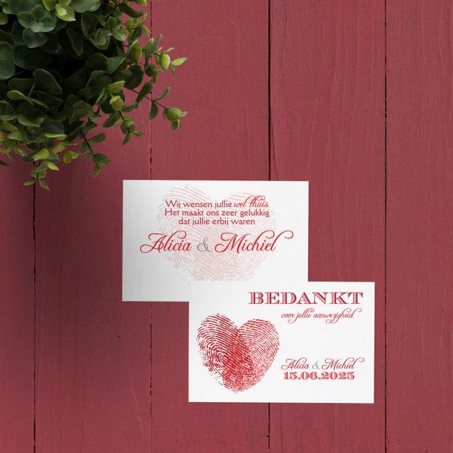 Bedankje Vingerafdrukken symboliseert jullie liefde met een hart gevormd door 2 vingerafdrukken. Kan ook met eigen vingerafdrukken!