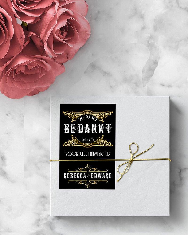 Bedankjes voor bruiloft, als kaartje of sticker. Hier in prachtige Great Gatsby stijl.