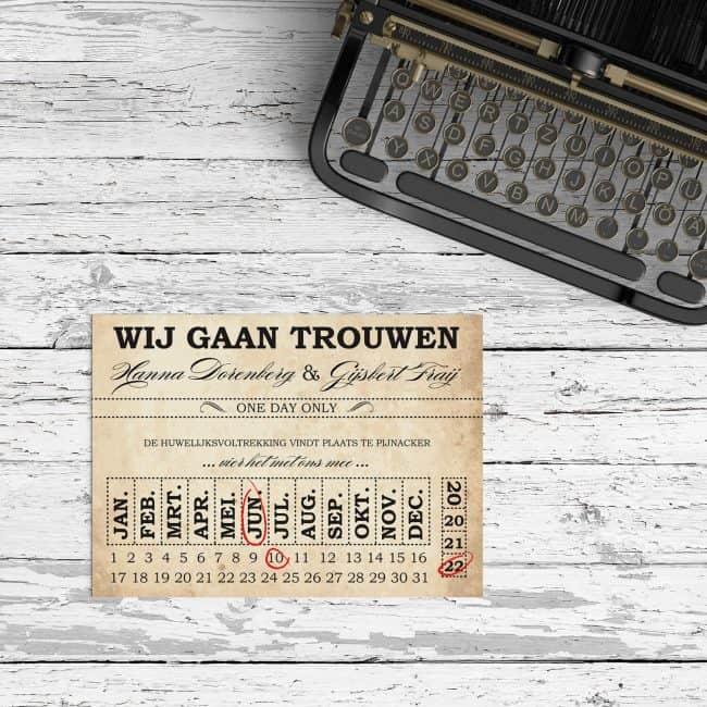 Trouwkaartje Ticket is vormgegeven volgens authentieke oude tickets, om een mooie, vintage stijl en sfeer neer te zetten.
