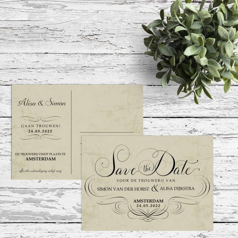 Save the date kaart Elegance is een klassiek ontwerp. Met sierlijke letters is Save the Date prachtig neergezet.